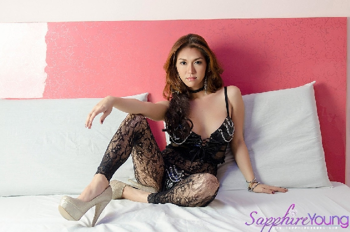 Sapphire_Young_Lingerie_Pictures_002